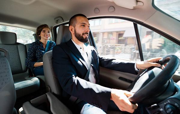 Seguro de desempleo Uber y Lyft