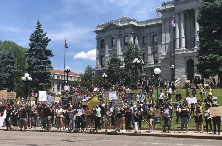 Quinto día de protestas en Denver