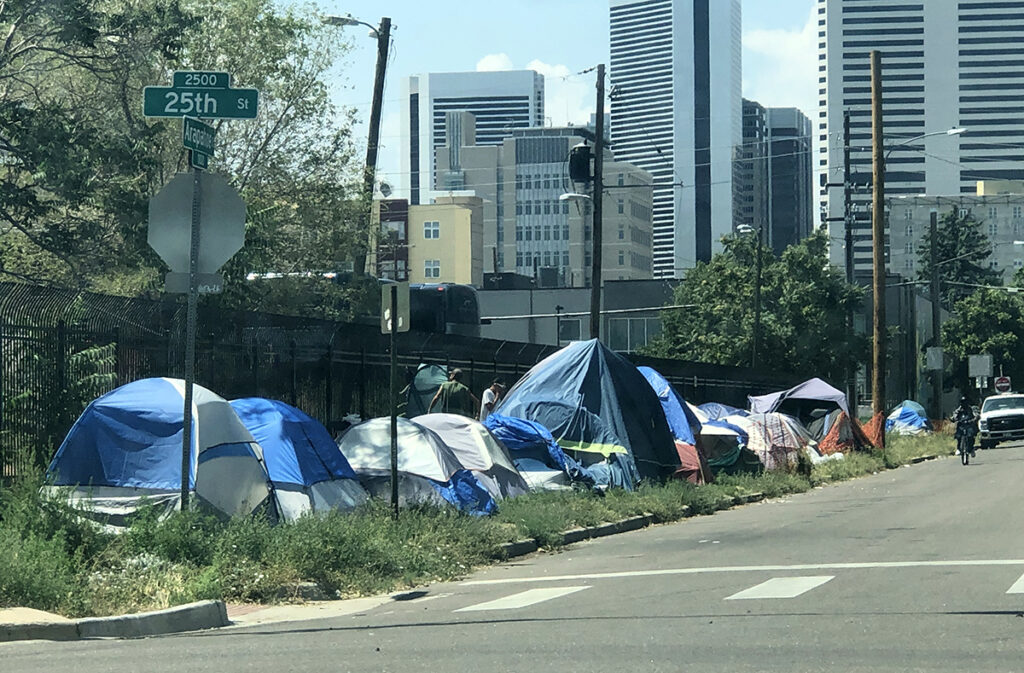 Buscan localidades para campamentos de desamparados areas establish Homeless Camps