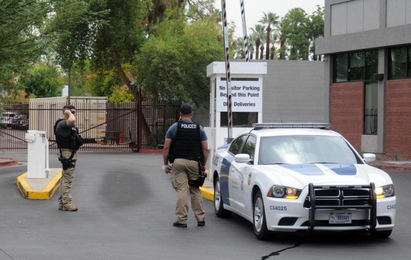 Investigan cárceles de ICE por histerectomías