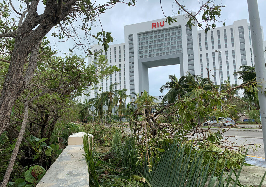 La zona hotelera resiste