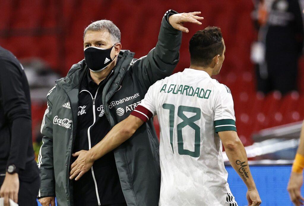 """El """"Tata"""" Martino tiene a la prensa"""