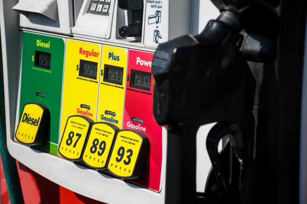 Proposed 'gas fee' would hit low-income Tarifa a la gasolina en Colorado
