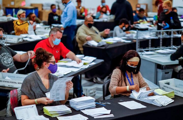 Republicanos impulsan reformas para limitar voto de minorías