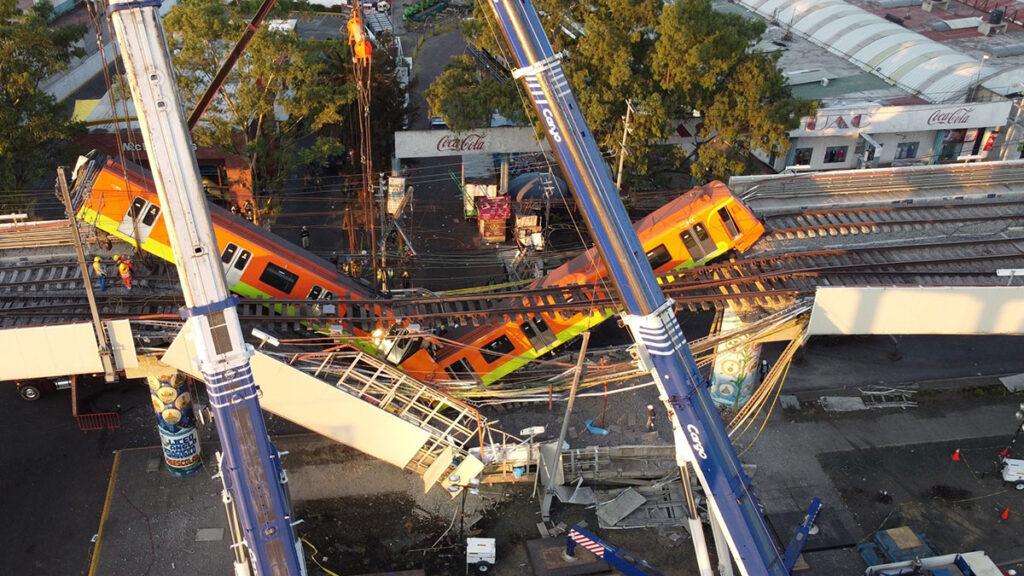 Mexicanos acusan negligencia en tragedia del metro