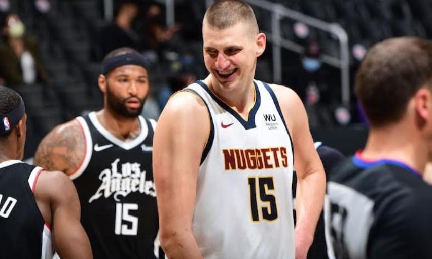 Tras vencer a Clippers 110-104 los Nuggets son terceros en el Oeste