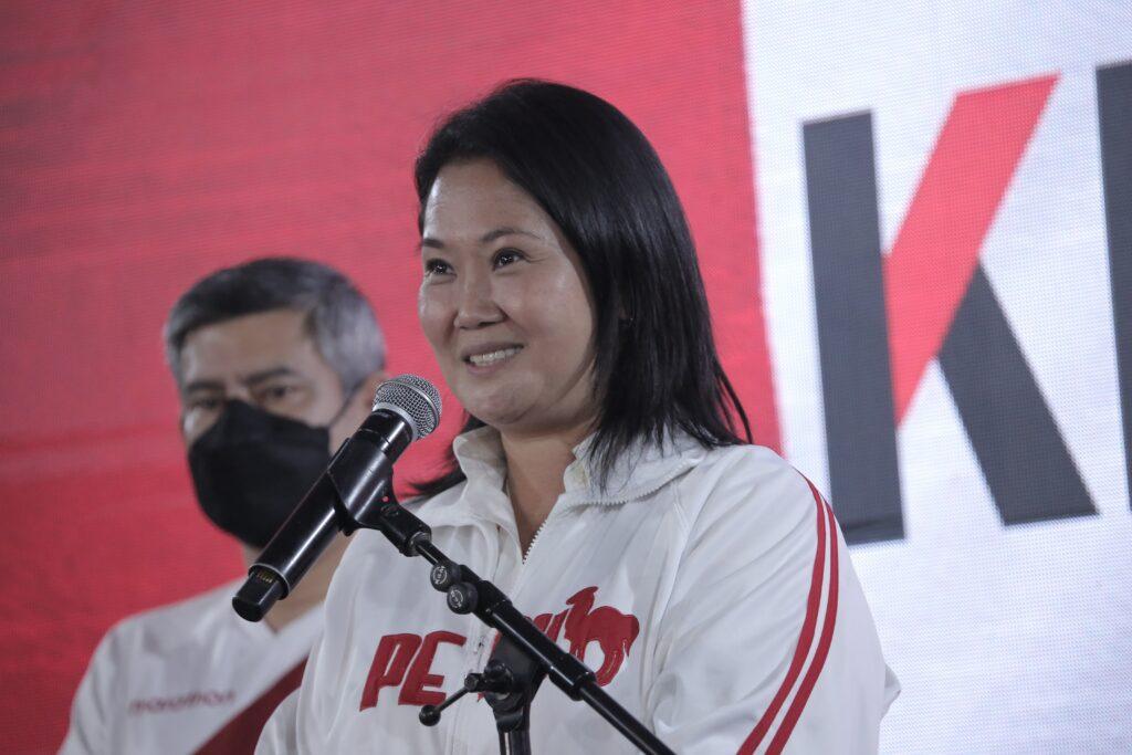 Fujimori lidera el recuento en Perú a falta del voto rural y del exterior