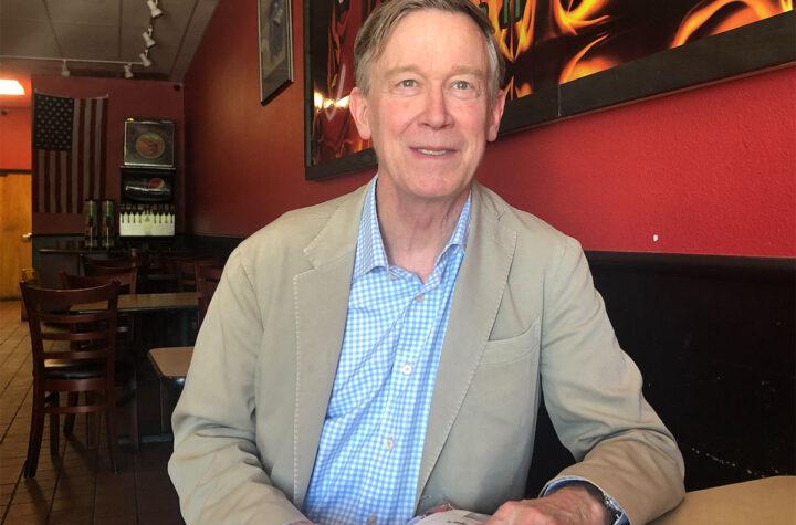 """Hickenlooper: """"Este es el momento para aprobar la reforma migratoria"""""""