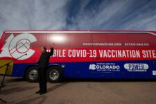 Vacunarán 70 por ciento de coloradenses para el 4 de julio