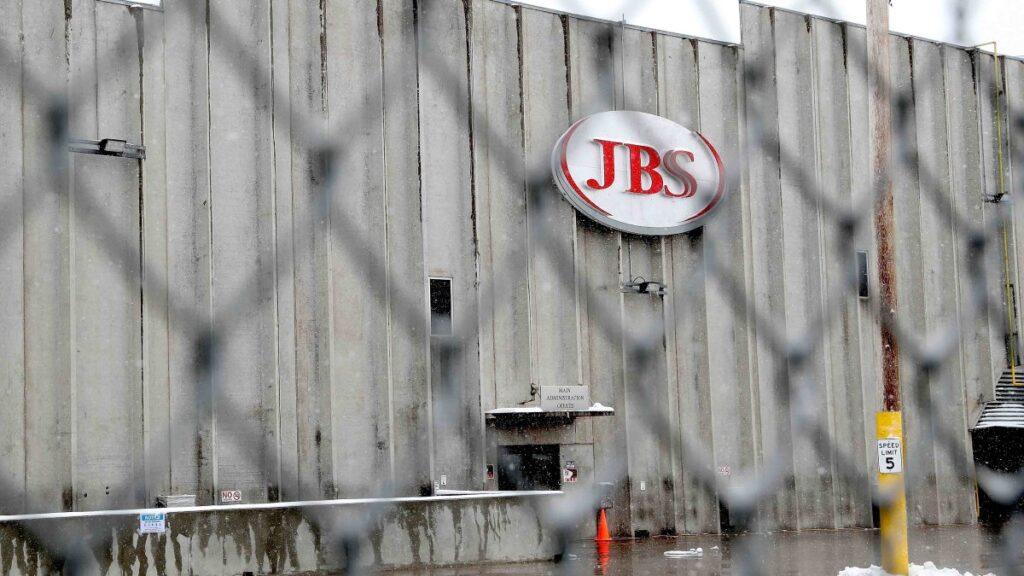 """JBS pagó a """"hackers"""" un rescate de 11 millones de dólares"""