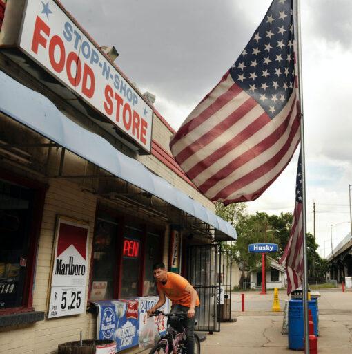 Guía de negocios locales en el área del Proyecto Central 70
