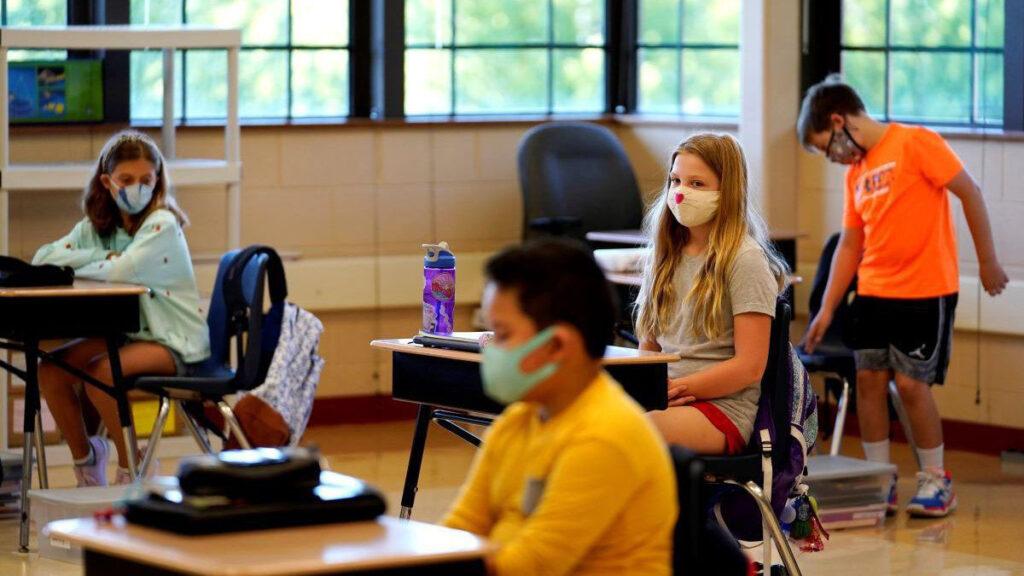 COVID Cases Rise in Colorado Schools Aumentan casos de COVID en escuelas de Colorado