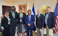 Alcalde Coffman estrecha lazos entre Aurora y El Salvador