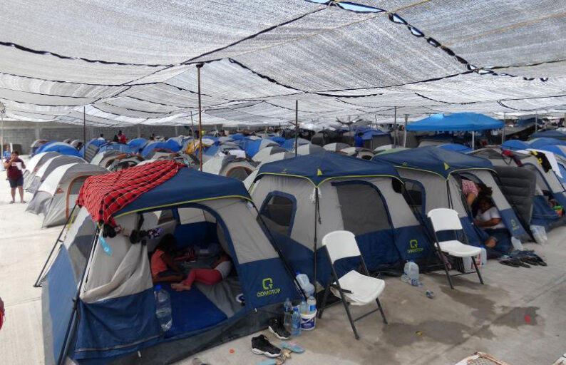 Centenares de haitianos se trasladan a Reynosa